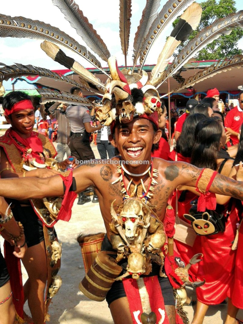 Gawai Dayak Sekadau, paddy harvest festival, authentic, traditional, culture, native, Ethnic, tribal, Indonesia, Tourism, travel guide, Cross Border, 婆罗洲游踪, 印尼西加里曼丹, 土著传统丰收节
