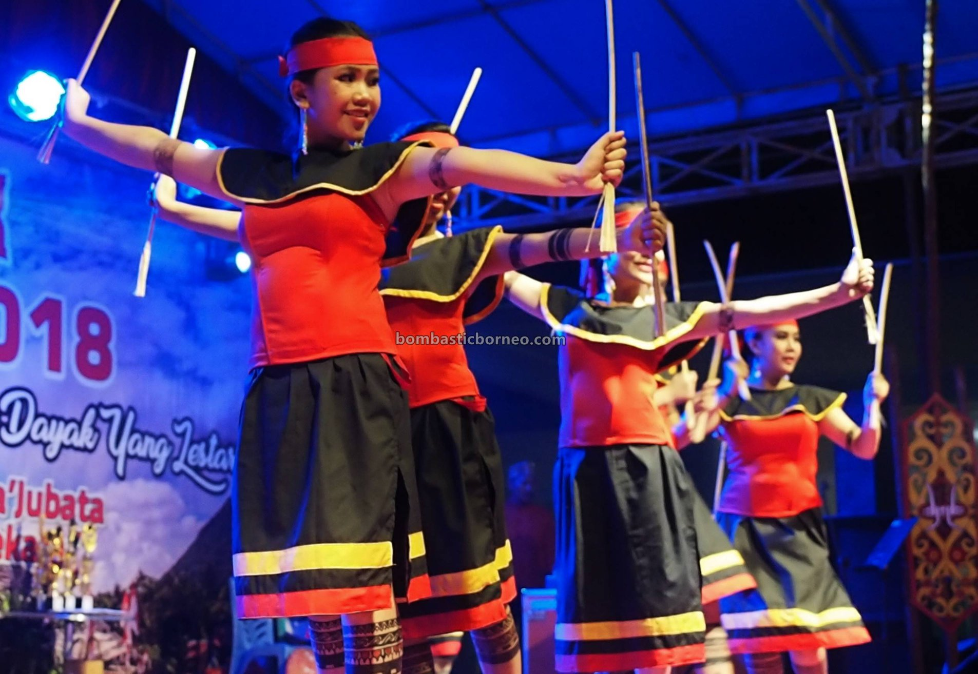 Gawai Dayak Sintang, authentic, traditional, destination, cultural dance, event, Indonesia, ethnic, native, ethnic, Tourism, tourist attraction, cross border, 婆羅洲原住民部落, 西加里曼丹达雅克