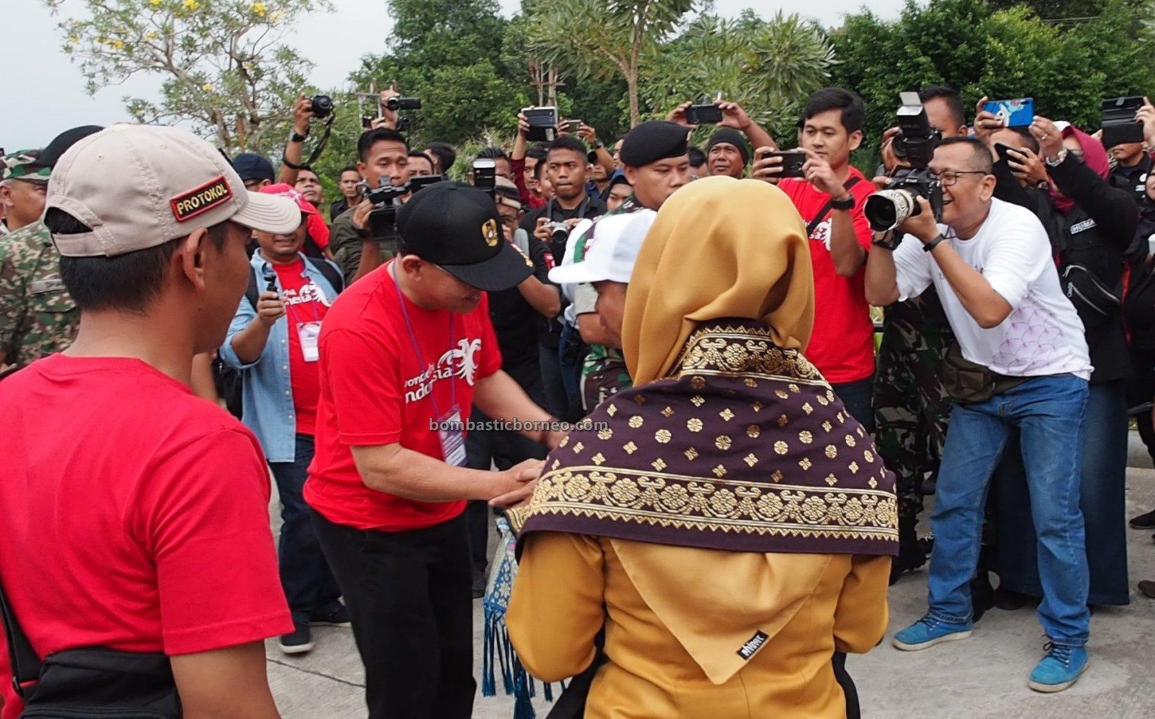 berbatasan Aruk, Biawak Aruk Border Post, Border crossing, culture, Indonesia, Pos Lintas Batas Negara, Sajingan Besar, Tourism, Aruk Imigrasi, Cross Border, festival wonderful, 跨境婆罗洲, 印尼西加里曼丹