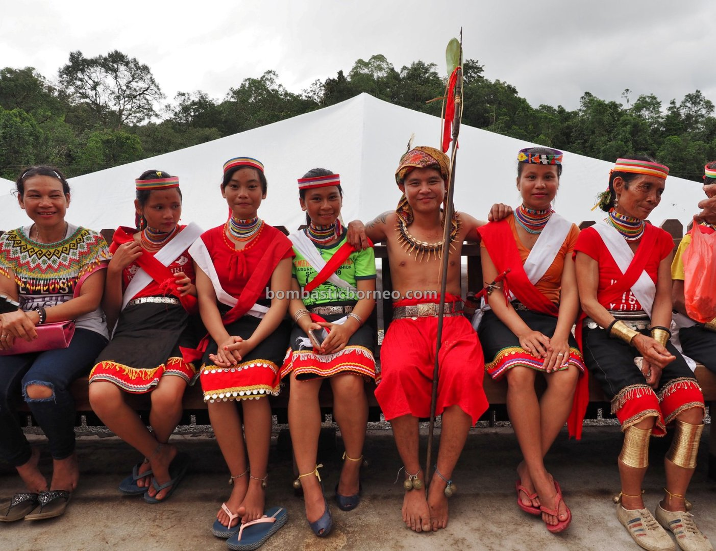 Kampung Gumbang, Bidayuh village, paddy harvest festival, authentic, indigenous, Kuching, Sarawak, Malaysia, copper ring lady, Ethnic, tribe, tourist attraction, travel guide, 婆罗洲比达友族文化, 砂拉越传统丰收节日, Sungkung Anep
