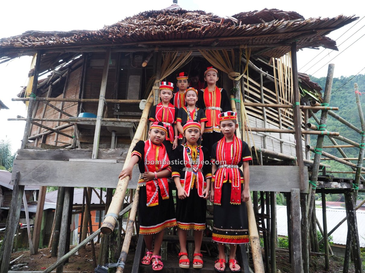 Bidayuh village, harvest festival, authentic, traditional, destination, baruk, Rumah Adat Baluk, Bau, Kuching, Ethnic, native, tribe, travel guide, trans borneo, 砂拉越达雅丰收节日, 传统原住民部落