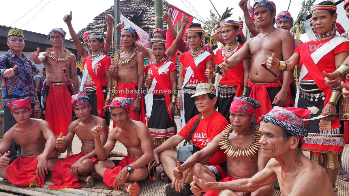 Kampung Gumbang, Dayak Bidayuh, authentic, indigenous, Kuching, Sarawak, Malaysia, budaya, Ethnic, native, tourist attraction, travel guide, 婆罗洲比达友族, 砂拉越传统丰收节日, Sungkung Anep, Indonesia