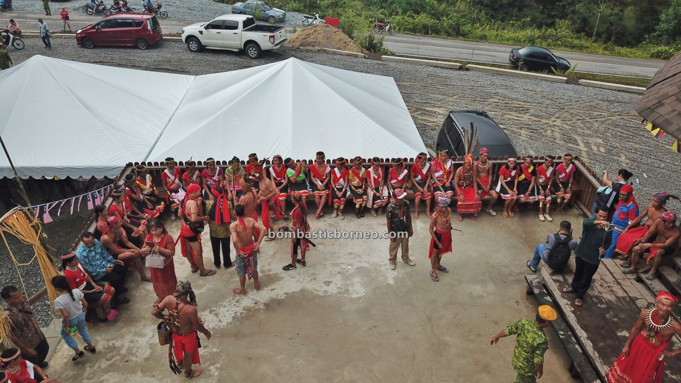 Dayak Bidayuh, paddy harvest festival, destination, baruk, skull house, Borneo, Bau, Kuching, culture, event, tribal, native, travel guide, 砂拉越土著丰收节日, 婆罗洲比达友部落,