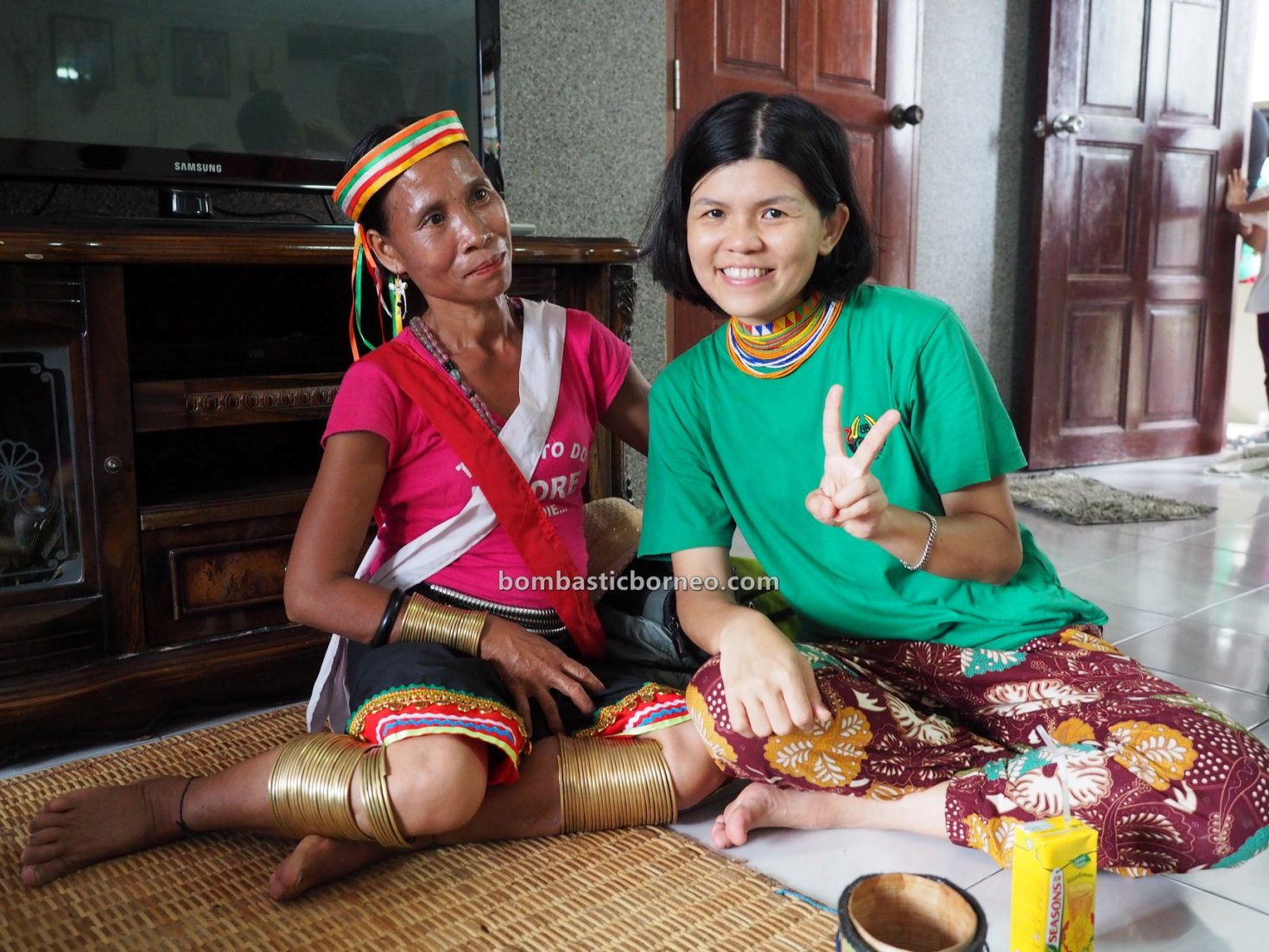 Dayak Bidayuh, paddy harvest festival, authentic, indigenous, budaya, culture, copper ring lady, Ethnic, native, tribal, travel guide, trans borneo, 婆罗洲游踪, 传统原住民铜环女, Sungkung Anep