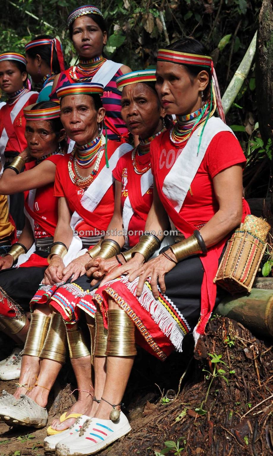 Gawai Serumpun, Dayak Bidayuh, indigenous, traditional, destination, Sarawak, authentic, culture, copper ring lady, Ethnic, native, Tourism, travel guide, trans border, 婆罗洲传统达雅文化, 砂拉越比达友族铜环女,