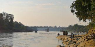 bedrock, Batuan Dasar, nature, traditional, destination, Borneo, Indonesia, Sungai, Pinoh river, Tourism, tourist attraction, travel guide, Trans Border, 探索婆罗洲游踪, 印尼西加里曼丹彬路