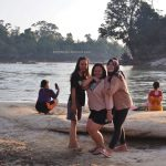 family holiday, bedrock, Batuan Dasar, nature, backpackers, destination, Kalimantan Barat, Melawi, Pinoh river, Obyek wisata, Tourism, tourist attraction, 穿越婆罗洲游踪, 印尼西加里曼丹彬路