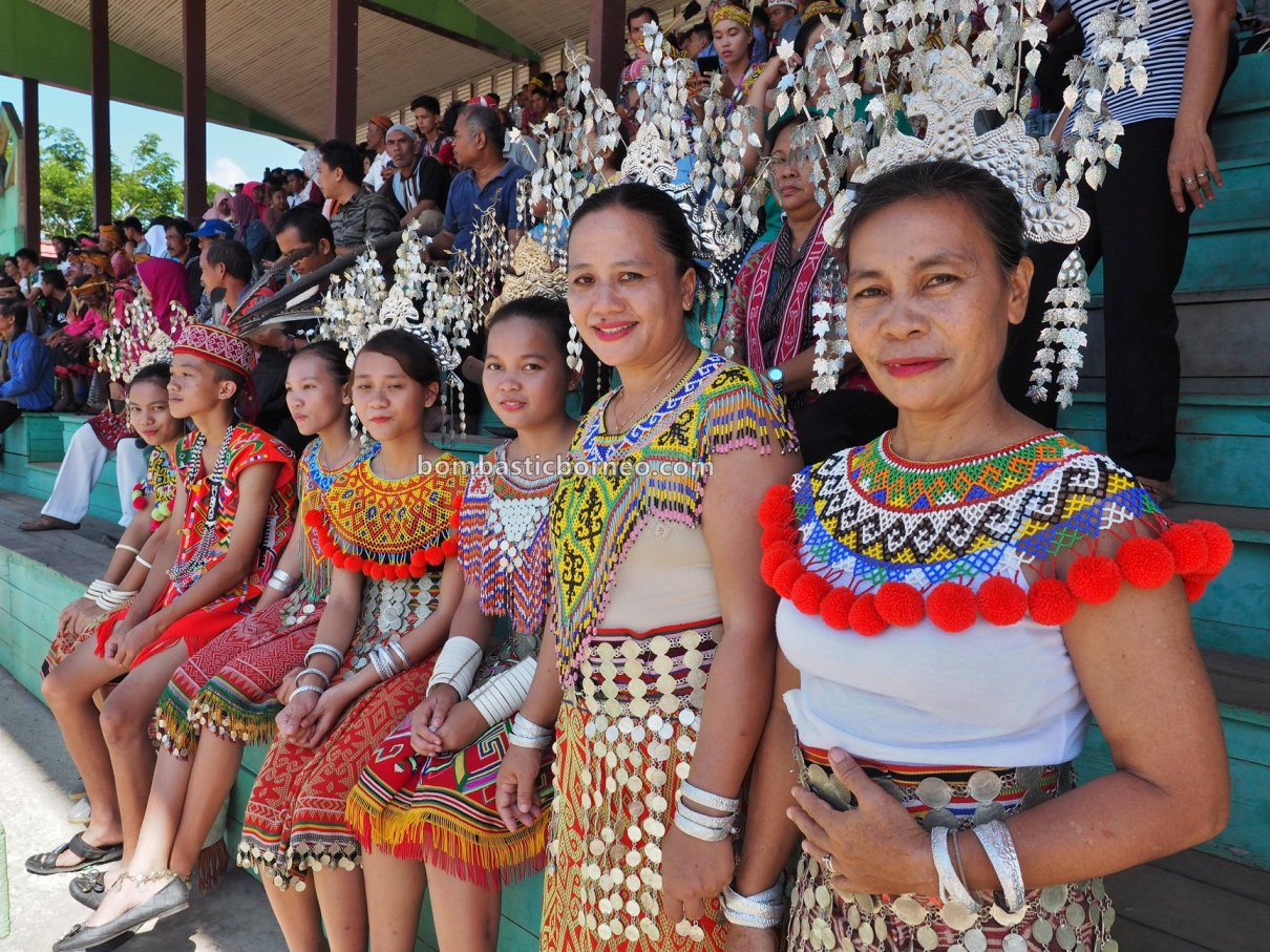 Gawai Harvest Festival, Kapuas Hulu, authentic, culture, Borneo, Indonesia, Kalimantan Barat, Putussibau, destination, native, tribal, Obyek wisata, Tourism, cross Border, 卡普阿斯胡卢富都