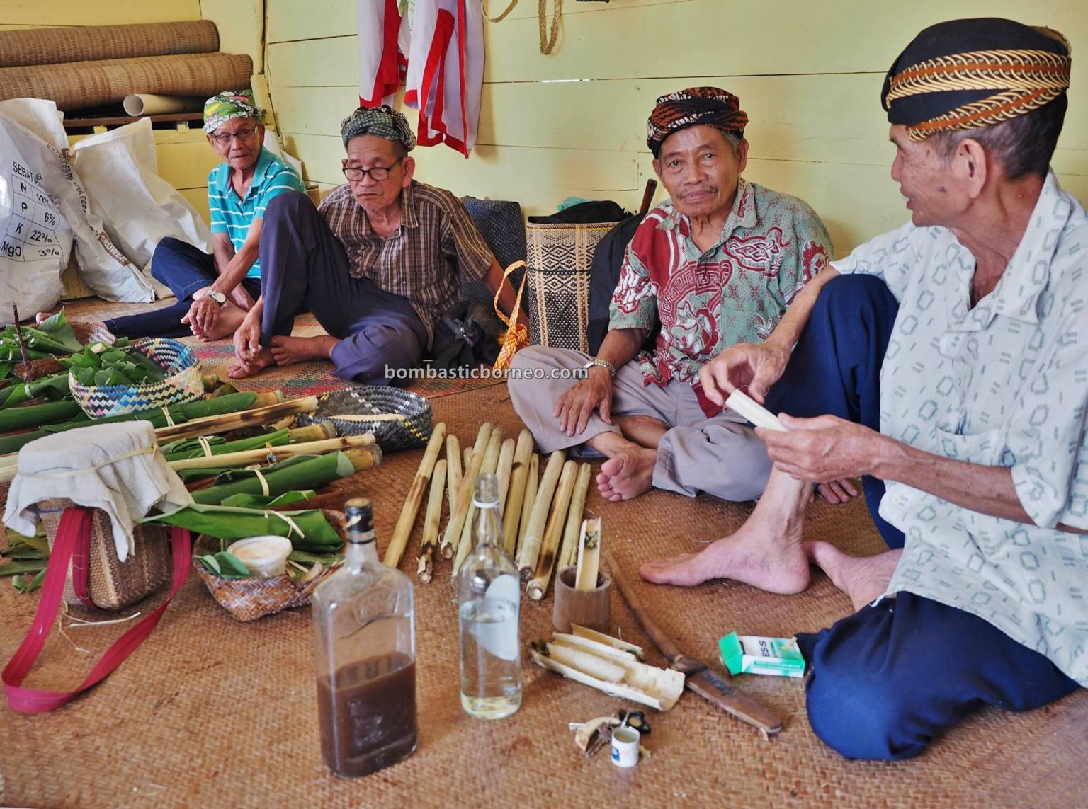 Serasot village, Gawea Sowa, Gawai Dayak, Paddy Harvest Festival, Indigenous, ritual, budaya, backpackers, Kuching, Ethnic, tourism, tourist attraction, travel guide, Cross border, 古晋石隆门土著部落, 砂拉越达雅克丰收节