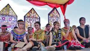 Gawai harvest festival, traditional, West Kalimantan, Putussibau, backpackers, native, indigenous, tribe, Suku Dayak, Tourism, obyek wisata, Trans Border, 婆罗洲富都丰收节日, 西加里曼丹旅游景点, 原住民达雅克部落,
