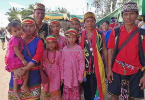 Gawai Dayak Kapuas Hulu, Paddy harvest festival, authentic, Putussibau, destination, Ethnic, tribe, native, obyek wisata, event, travel guide, Trans Border, 跨境婆罗洲游踪, 印尼西加里曼丹, 富都土著文化旅游