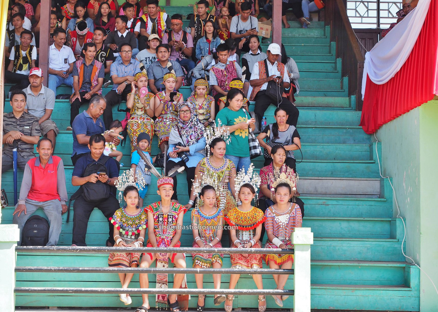 Gawai Padi, Putussibau, traditional, budaya, Indonesia, West Kalimantan, destination, native, tribe, Obyek wisata, Tourism, travel guide, 婆罗洲富都丰收节日, 西加里曼丹旅游景点, 原住民达雅克部落,