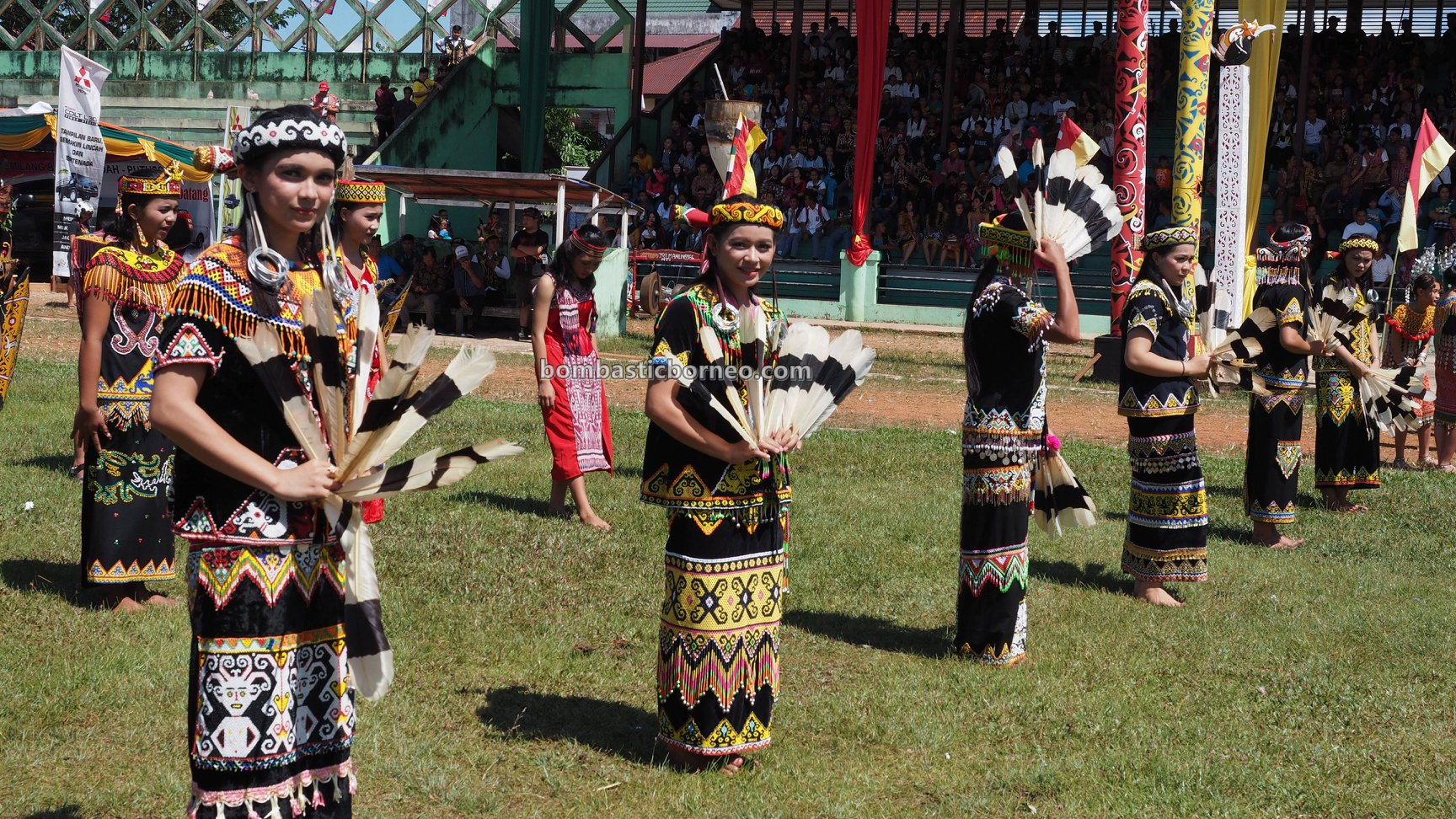 Gawai Dayak Kapuas Hulu, traditional, budaya, Indonesia, Kalimantan Barat, destination, ethnic, indigenous, tribe, Tourism, tourist attraction, travel guide, 探索婆罗洲游踪, 印尼西加里曼丹, 富都原住民文化