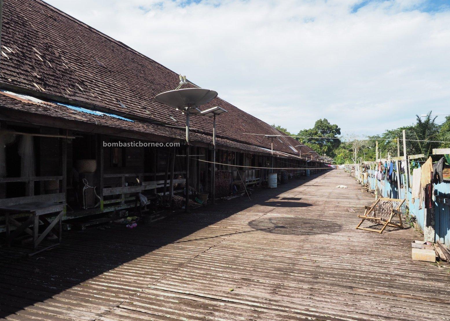 Rumah Betang Sungai Utik, Longhouse, authentic, Indonesia, Kalimantan Barat, Kapuas Hulu, Suku Dayak Iban, native, tribe, Tourism, tourist attraction, travel guide, cross border, Borneo, 跨境婆罗洲游踪