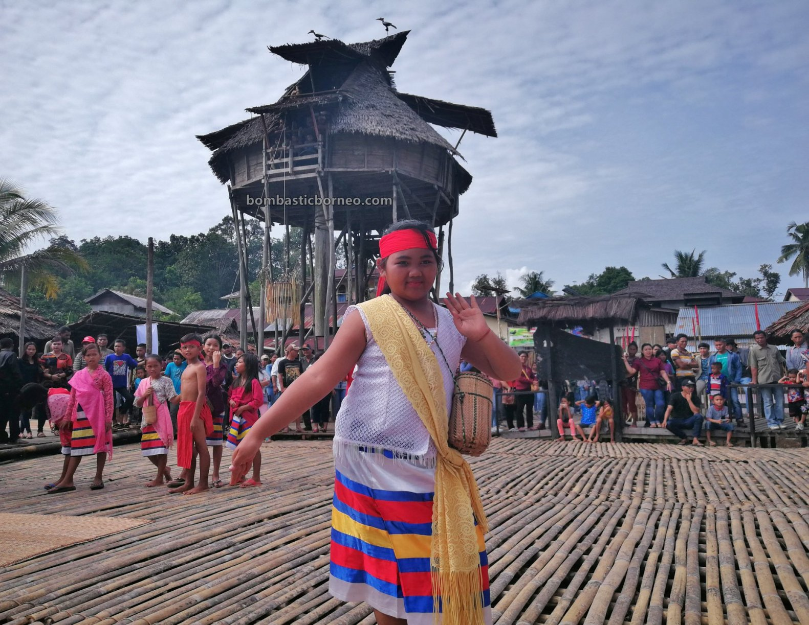 Nyobeng Sebujit, Gawai Dayak, Paddy Harvest Festival, village, Destination, event, Indonesia, Kalimantan Barat, Desa Hli Buei, Indigenous, tribe, Rumah Adat Baluk, skull house, Tourism, travel guide, Borneo
