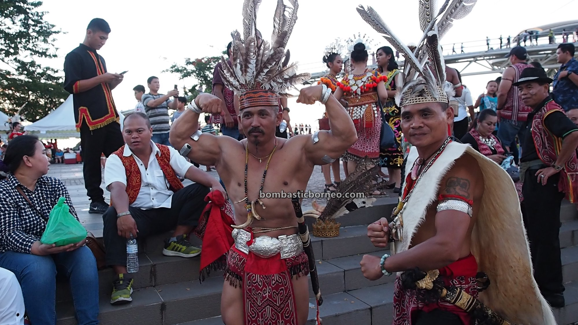 harvest festival, traditional, budaya, event, ethnic, destination, Malaysia, tribal, tribe, tourism, tourist attraction, Cross Border, 砂拉越土著丰收节日, 马来西亚原住民达雅, Orang Ulu,