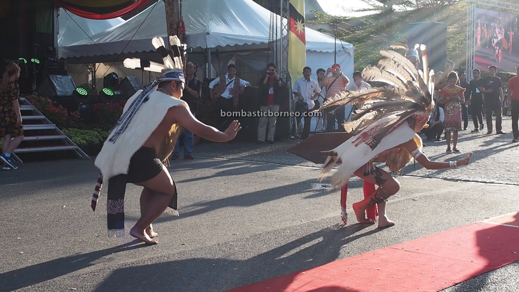 paddy harvest festival, traditional, authentic, budaya, Malaysia, indigenous, native, tribe, tourist attraction, Travel guide, Trans Borneo, 婆罗洲达雅丰收节, 砂拉越加央族, 原住民土著文化, Orang Ulu,