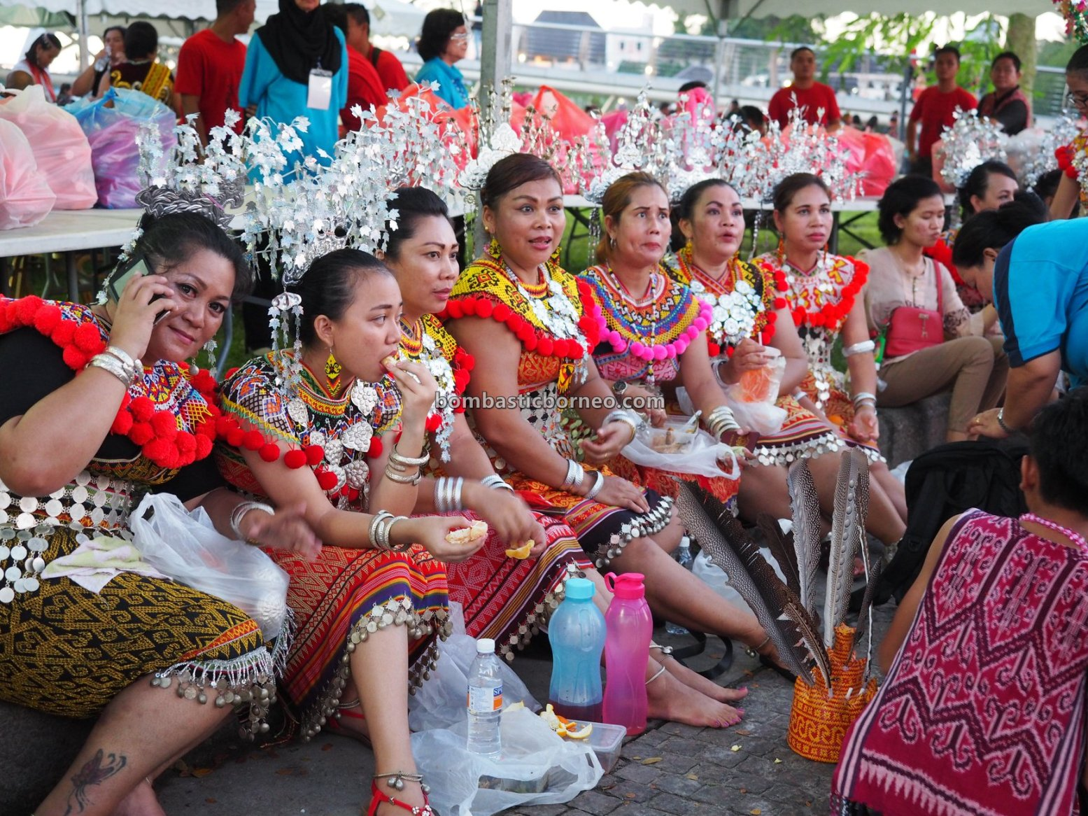 Gawai harvest festival, authentic, budaya, Kuching Waterfront, Ethnic, indigenous, native, tourism, tourist attraction, Travel guide, Trans Border, Borneo, 砂拉越土著丰收节, 马来西亚伊班族文化, 古晋原住民部落,