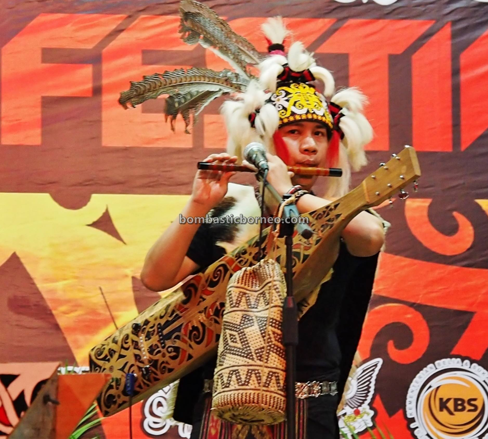 Borneo Youth Sape Festival, authentic, backpackers, Ethnic, native, tribe, orang ulu, guitar, Sibu, Sarawak, One Malaysia Cultural Village, Tourism, tourist attraction, travel guide, cross border,
