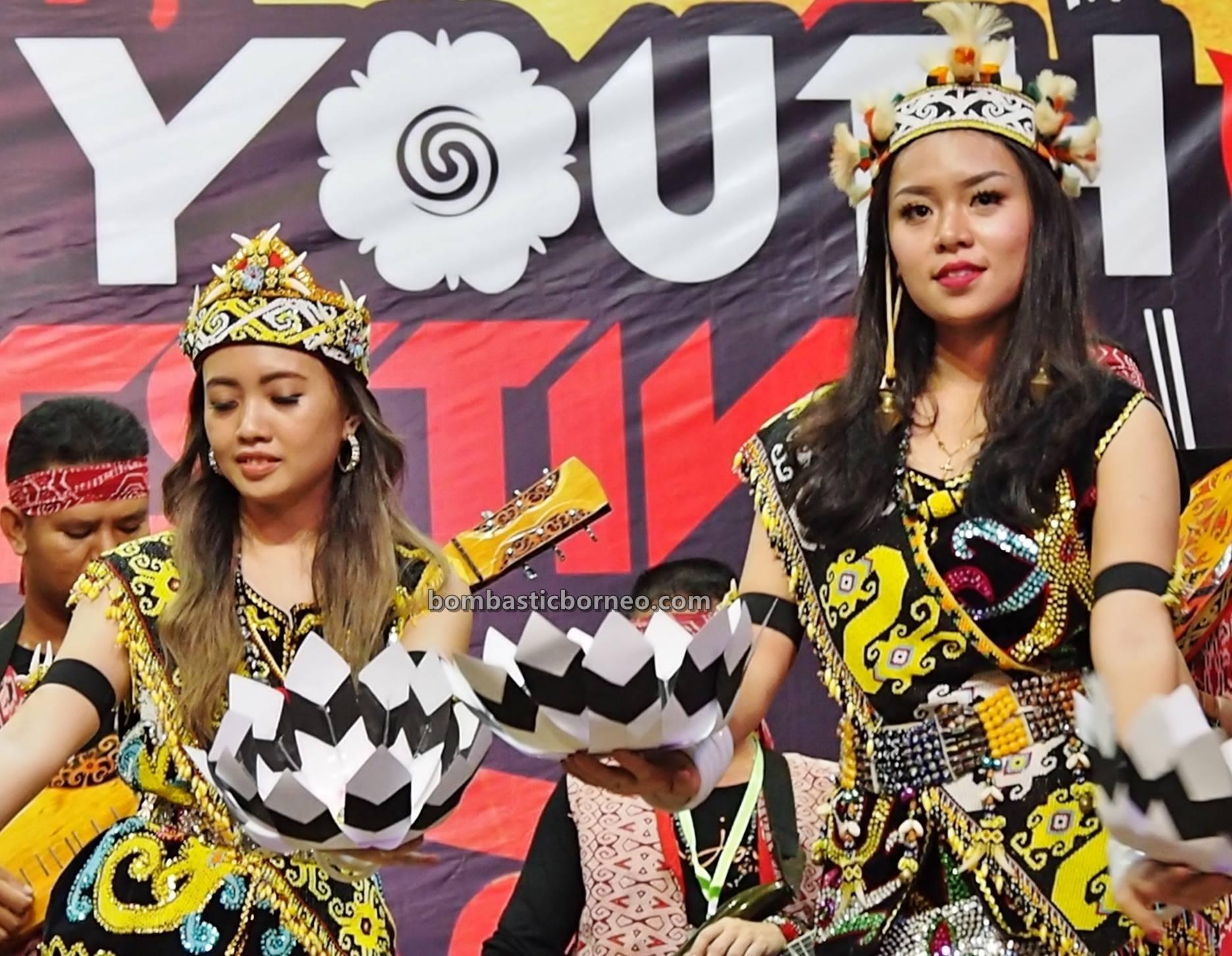 authentic, traditional, Ethnic, tribal, tribe, indigenous, orang ulu, Sibu, One Malaysia Cultural Village, Tourism, Dayak Kenyah, travel guide, cross border, 婆罗洲原住民文化, 砂拉越达雅肯雅族