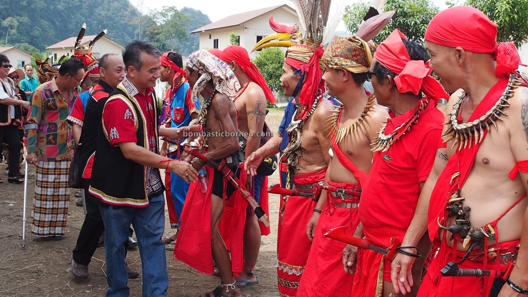 Pesta Nyarok Biya, Bengoh Dam Resettlement Scheme, traditional, budaya, culture, event, Ethnic, native, Semban village, Borneo, Malaysia, Padawan, travel guide, cross border, 探索婆罗洲游踪, 砂拉越原住民丰收节