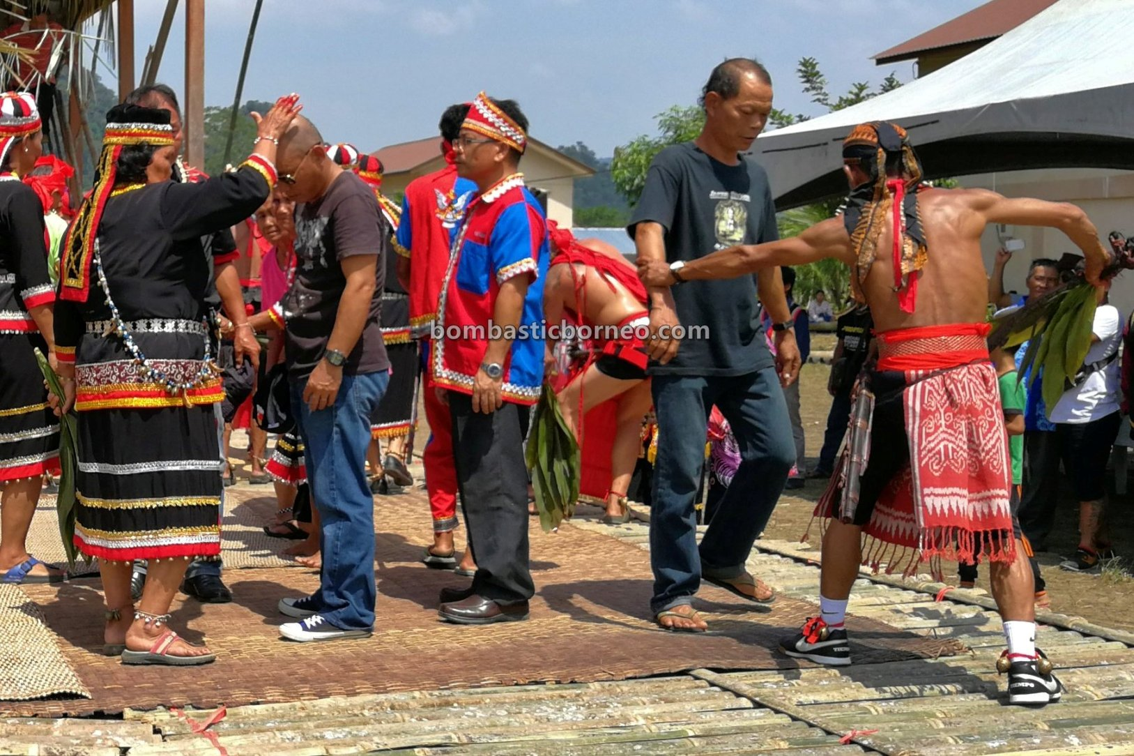 Bengoh Dam Resettlement Scheme, traditional, budaya, ceremony, ritual, dayak bidayuh, tribal, native, Gawai harvest festival, Sarawak, Padawan, Tourism, travel guide, 婆罗洲砂拉越, 马来西亚原住民丰收节