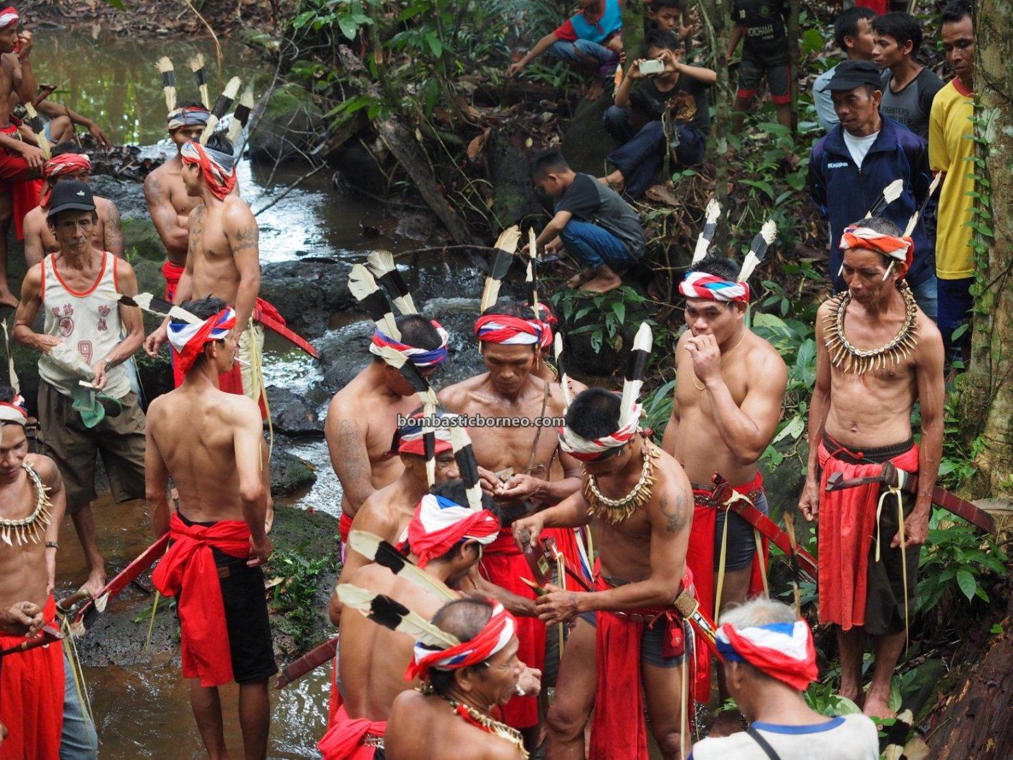 Skull washing, Nyobeng Rambai, thanksgiving, traditional, ritual, budaya, Indonesia, Kalimantan Barat, Bengkayang, native, tribe, Tourism, obyek wisata, trans border, Borneo, travel guide