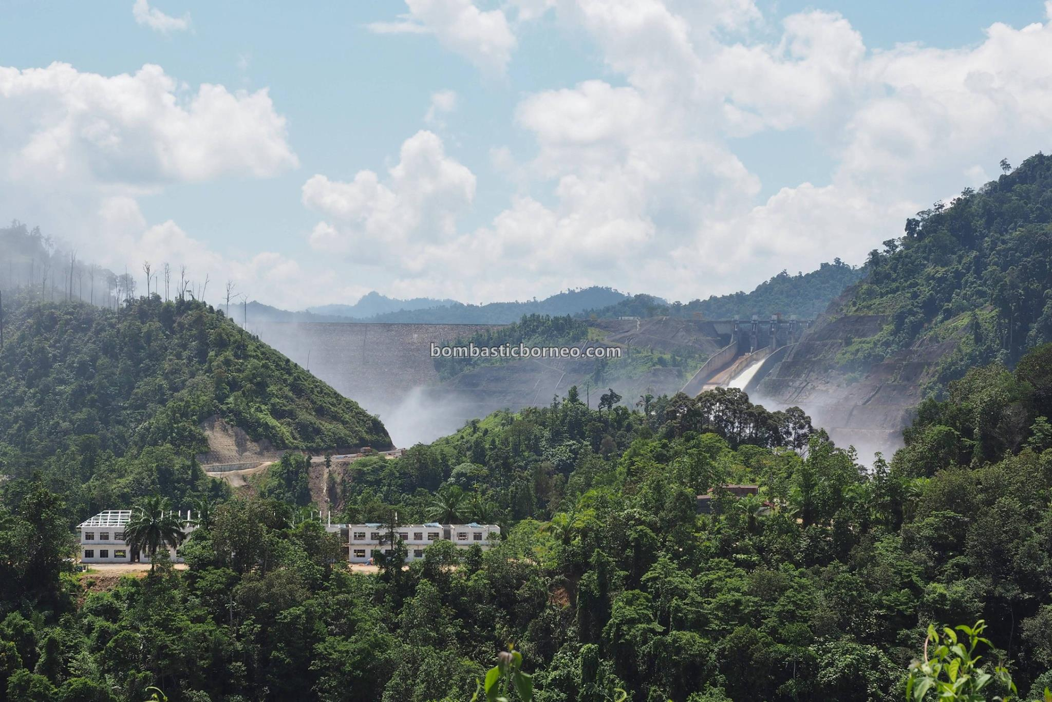 Sarawak, Bakun Hydroelectric Power Dam, Embankment Dam, empangan, backpackers, destination, Belaga, Kapit, Malaysia, Tourism, tourist attraction, travel guide, Trans Borneo, 马来西亚旅游景点