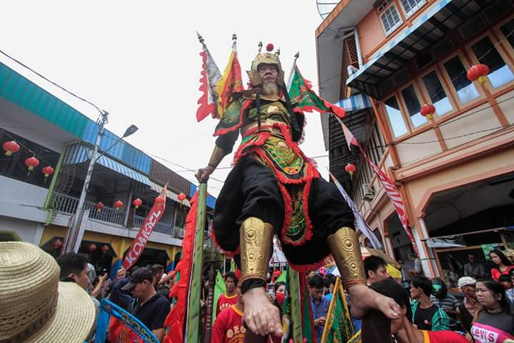 tionghoa, Tatung, medium, trance, spiritual, wisata budaya, Cap Go Meh, authentic, destination, Indonesia, Kalimantan Barat, tourist attraction, travel guide, cross border, Borneo, 传统华人文化,