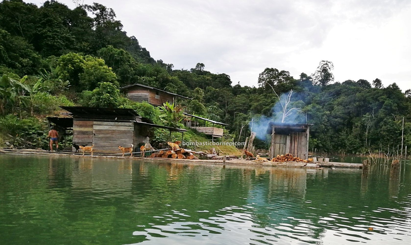 Hydroelectric Power Dam, empangan, orang ulu, destination, Ikan semah, traditional, fishing, Malaysia, native, Tourism, tourist attraction, travel guide, Borneo, 砂拉越峇贡水坝, 马来西亚狩猎之旅,
