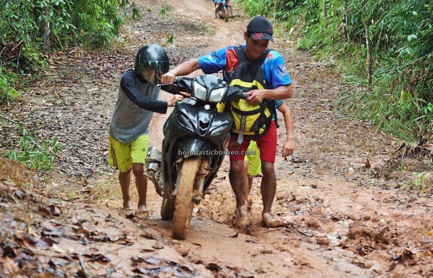 adventure, bike ride, backpackers, event, Bengkayang, Desa Bengkawan, Seluas, Dayak Kowon't, native, Tourism, village, Travel guide, Borneo, 探索婆罗洲游踪, 印尼西加里曼丹