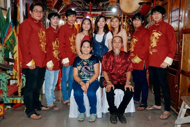 tionghoa, medium, sifu, budaya, suhu, culture, Chinese New Year, traditional, temple, Tourism, travel guide, Borneo, 婆罗洲乩童家族, 印尼西加里曼丹, 山口洋赵刘元帅庙,