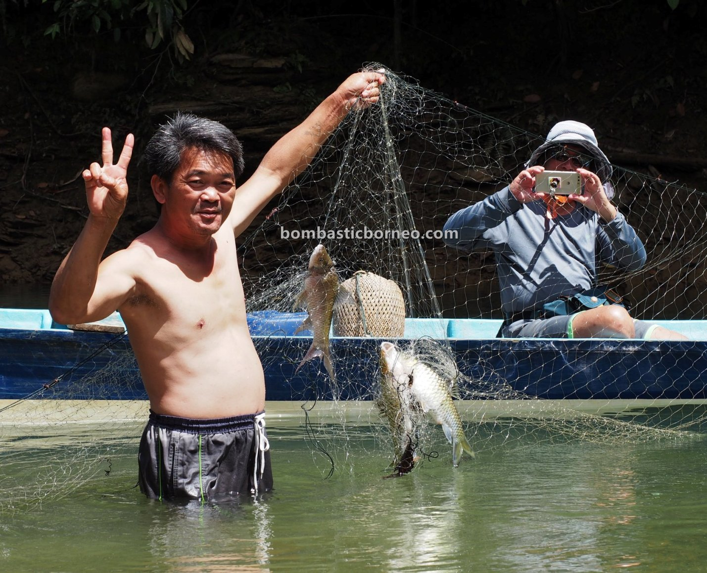 empangan, Sungai Balui, exotic fish, Ikan semah, traditional, memancing ikan, Belaga, Kapit, Tourism, tourist attraction, travel guide, Cross Border, 探索婆罗洲游踪, 砂拉越峇贡水坝, 马来西亚钓鱼之旅,