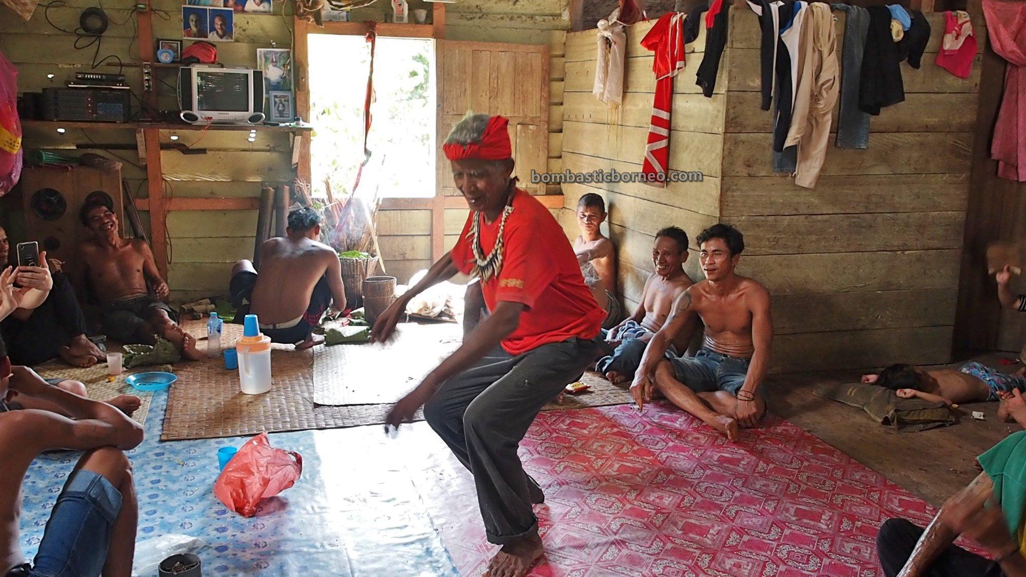 Gawai Nyobeng, thanksgiving, backpackers, Culture, West Kalimantan, Bengkayang, Desa Bengkawan, Ethnic, village, Tourism, tourist attraction, Travel guide, Trans Borneo, 婆罗洲达雅丰收节日, 印尼西加里曼丹, 孟加映传统文化