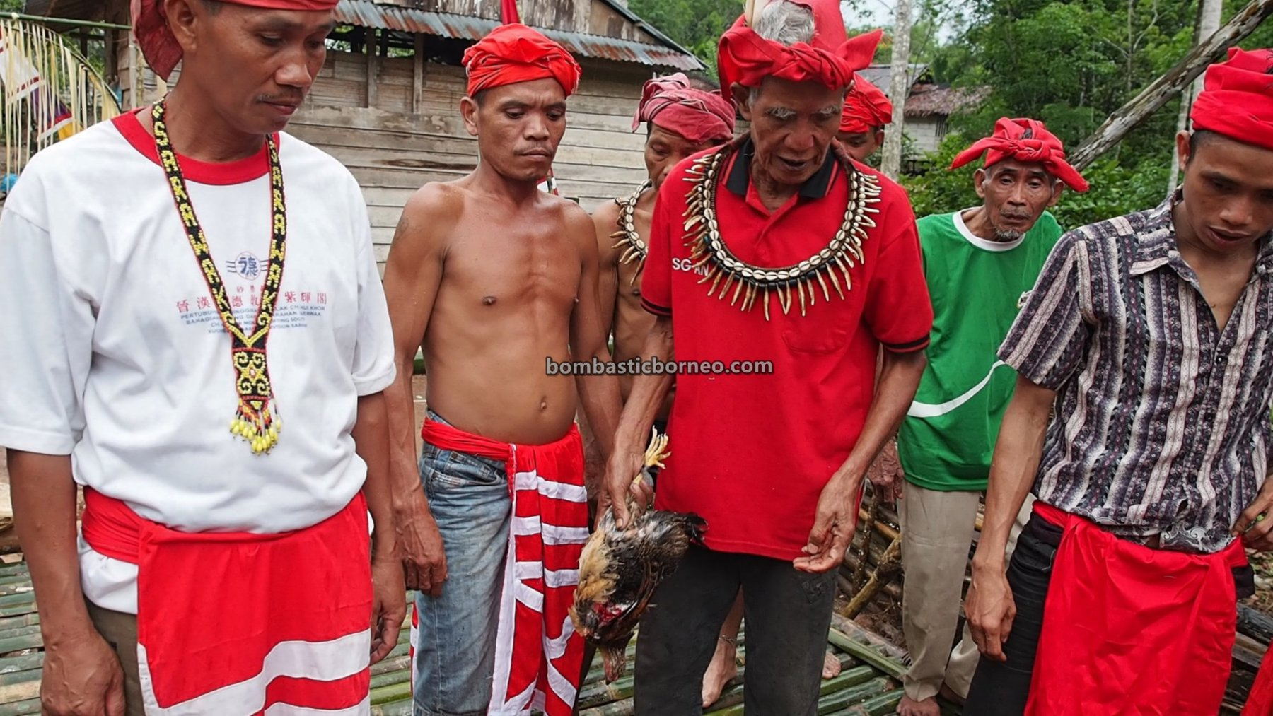 thanksgiving, village, authentic, ritual, Indonesia, Bengkawan, Seluas, indigenous, native, tribal, Tourism, tourist attraction, Trans Borneo, 婆羅洲土著部落, 西加里曼丹比达友文化, 孟加映原住民丰收节