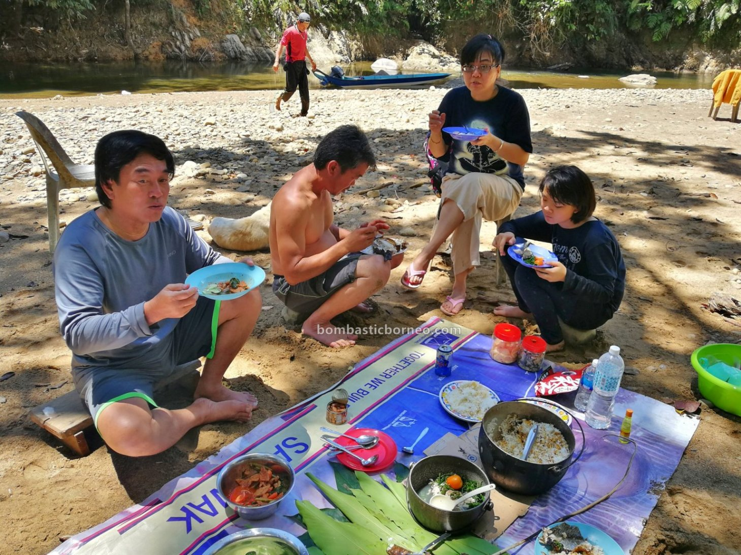 backpackers, destination, Sungai Balui, exotic fish, Ikan semah, traditional, fishing trip, memancing, Kapit, native, tourist attraction, travel guide, Trans Borneo, 婆罗洲钓鱼之旅, 砂拉越巴贡水电站, 布拉甲马来西亚,