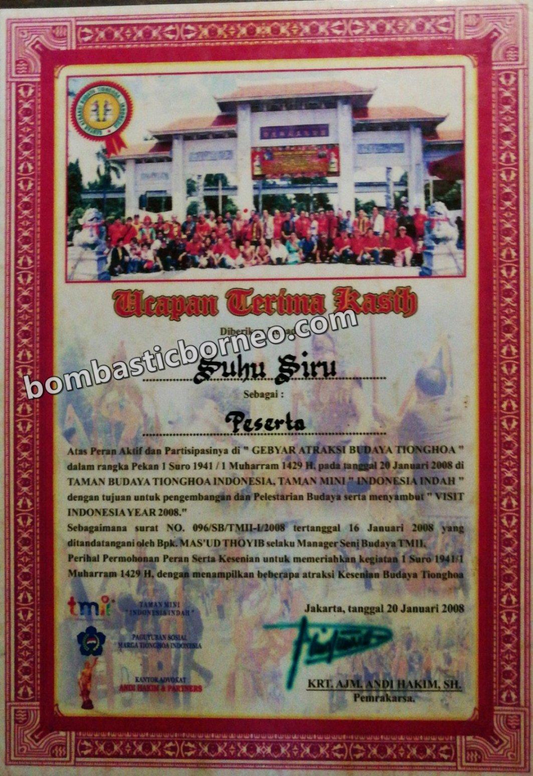Panglima Siru, Dukun, Sifu, Shaman, Healer, chinese, dayak, Ethnic, Bengkayang, Dusun Paling Dalam, Sanggau Ledo, village, Borneo