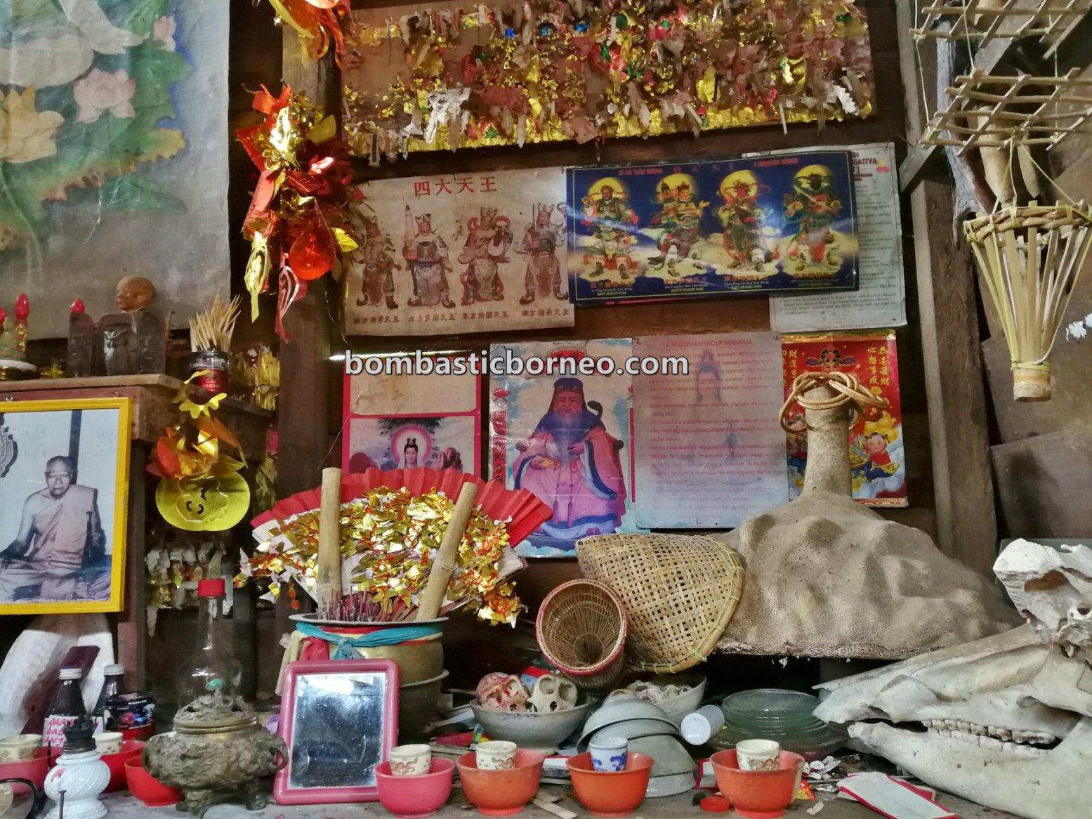 Panglima Siru, Sifu, Sufu, Shaman, healer, dayak, Kalimantan Barat, Dusun Paling Dalam, Sango, Sanggau Ledo, Travel, village, Cross Border, 探索婆罗洲游踪, 印尼西加里曼丹, 孟加映法師祭司