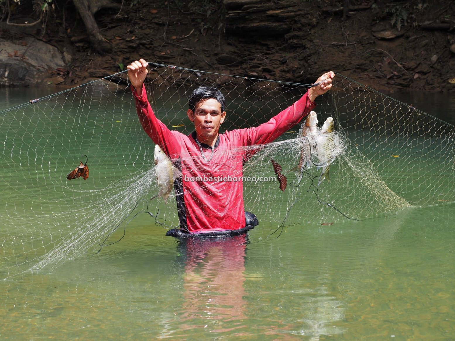 empangan, destination, exotic fish, Ikan semah, hunting, memancing, homestay, Kapit, Orang Ulu, Tourism, tourist attraction, Trans Border, Borneo, 探索婆罗洲游踪, 砂拉越巴贡水电站, 马来西亚钓鱼之旅