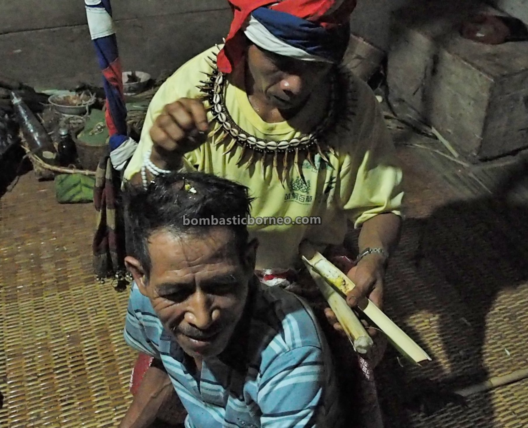 Desa Tamong, traditional, culture, village, budaya, Indonesia, Kalimantan Barat, Bengkayang, Siding, gawai dayak, ethnic, tribal, travel guide, Cross Border, Borneo