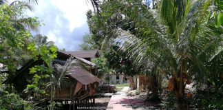 Dusun Simpang Empat, adventure, traditional, Bengkayang, Desa Bengkawan, Seluas, Tourist attraction, travel guide, tribal, tribe, Cross Border, Borneo, 跨境婆罗洲游踪, 印尼西加里曼丹, 孟加映达雅部落