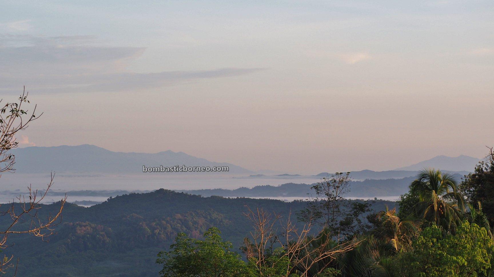 Dusun Tamong, adventure, authentic, Traditional, village, backpackers, destination, Dayak Bidayuh, native, tribe, tourist attraction, travel guide, Trans Borneo, 婆罗洲达雅高原, 印尼西加里曼丹,