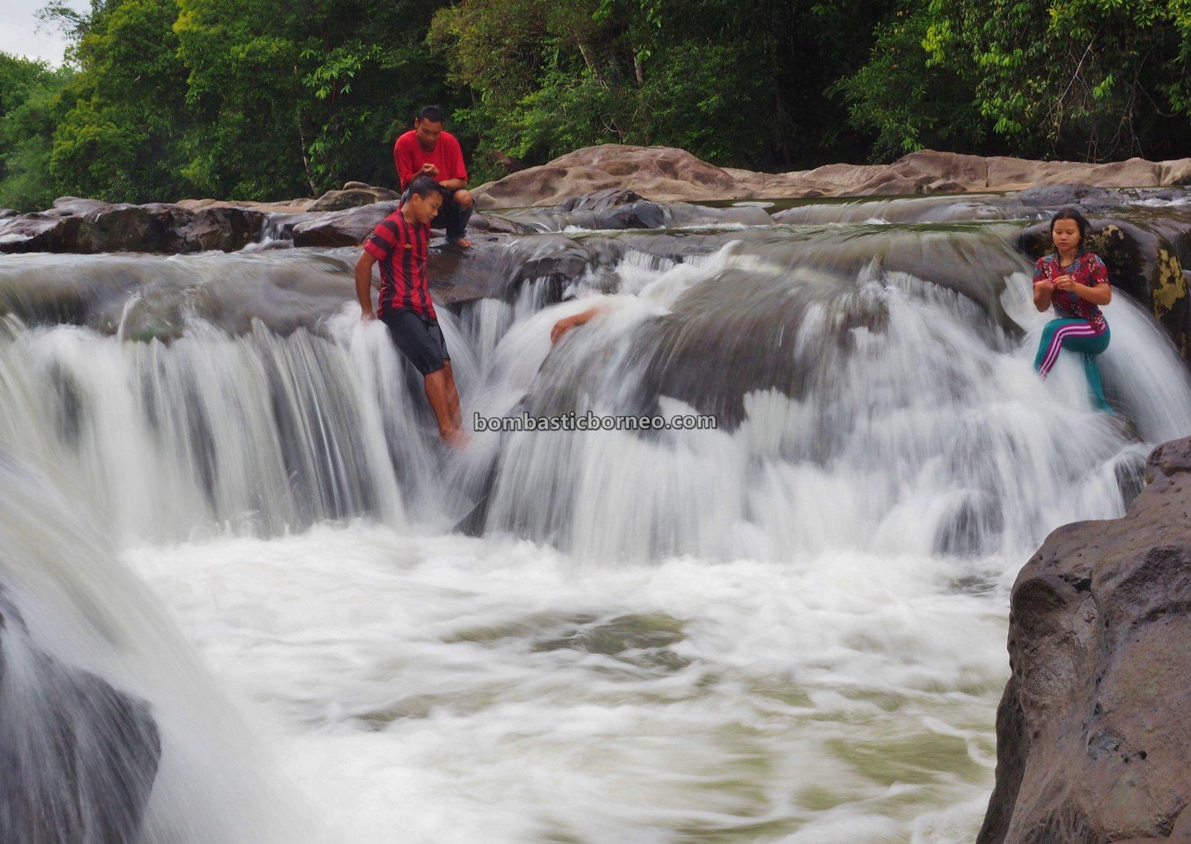 Air Terjun, Waterfall, Dusun Simpang Empat, adventure, nature, outdoor, exploration, Desa Bengkawan, Wisata Alam, Tourism, travel guide, Trans Borneo, backpackers, 跨境婆罗洲游踪, 印尼西加里曼丹, 孟加映瀑布,