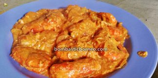 udang galah, Blue Legged King Prawn, Giant Prawn, destination, traditional food, exotic delicacy, Kampung Tebakang, Malaysia, Borneo, Tourism, tourist attraction, travel guide, 探索婆罗洲游踪, 砂拉越西连美食, 茄汁淡水蓝脚虾,