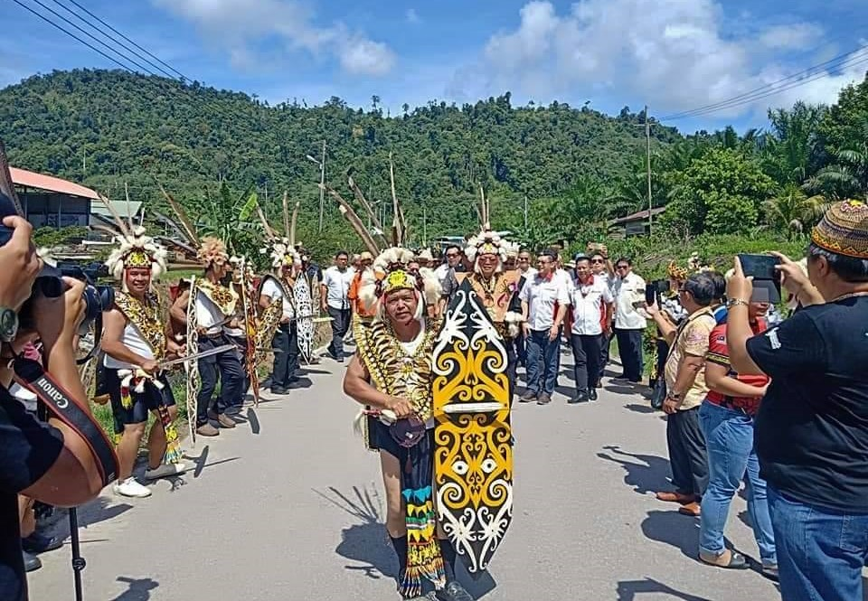 authentic, indigenous, culture, Borneo, Malaysia, Kapit, native, tribal, Ethnic, Orang Ulu, Tourism, village, Belawing Tower, 探索婆罗洲原住民, 马来西亚达雅, 砂拉越肯雅族文化,