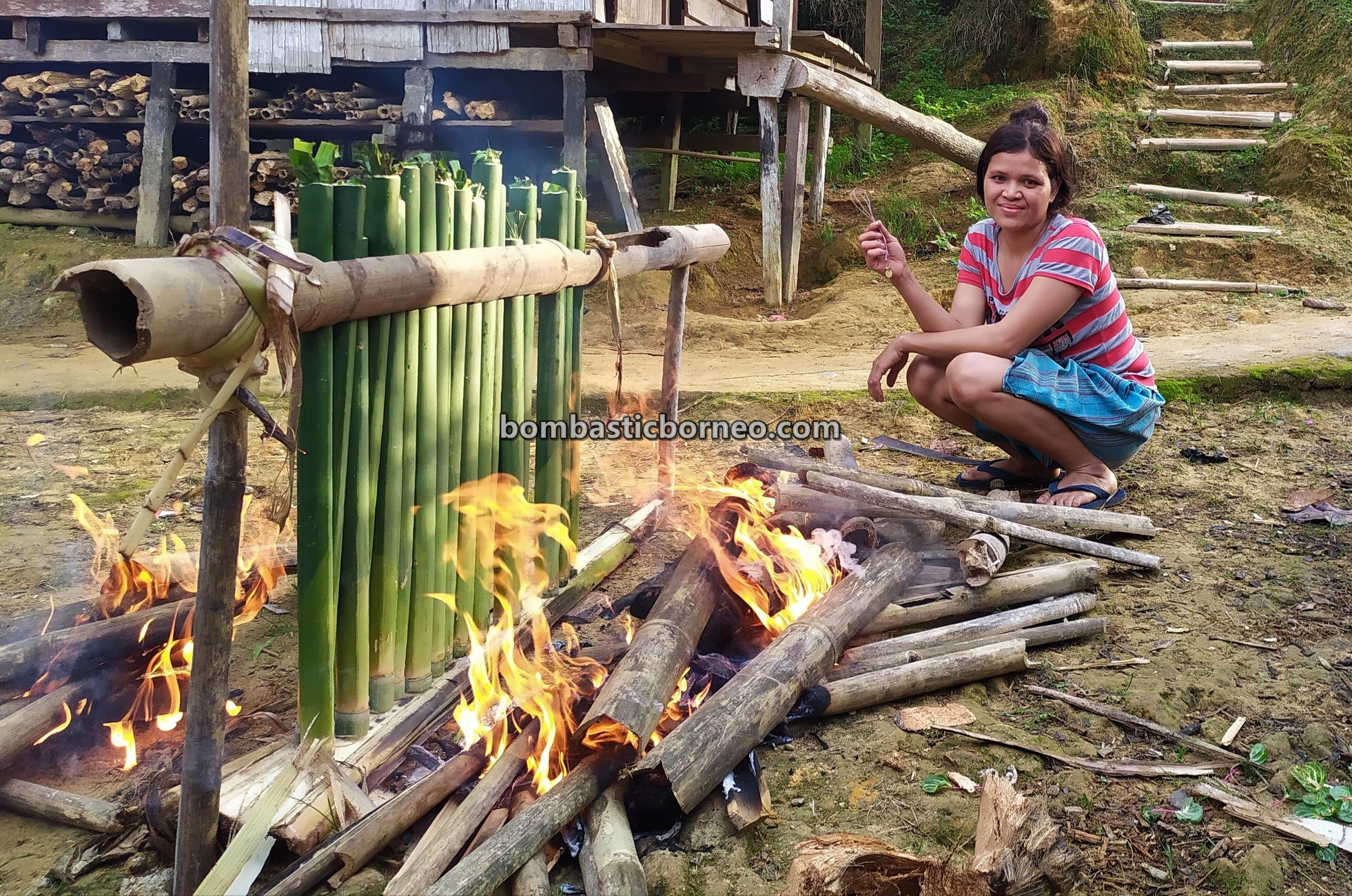 bamboo sticky rice, Sungkung Medeng, authentic, traditional, exploration, Bengkayang, Indonesia, West Kalimantan, Ethnic, native, tribe, village, Gawai harvest festival, Tourist attraction, Borneo