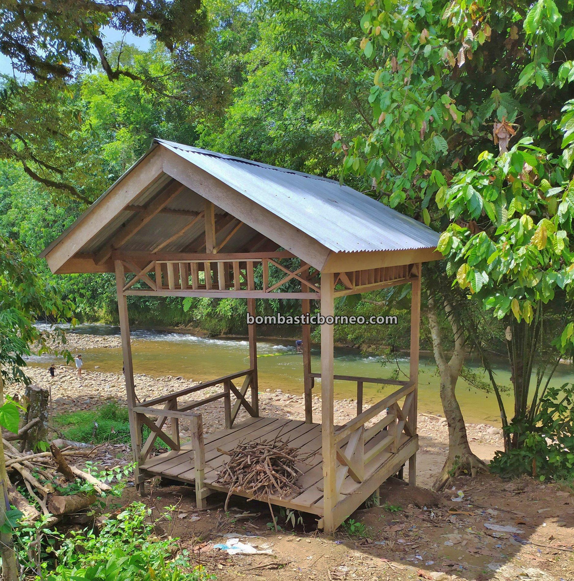 Sungkung Anep, Dusun Medeng, traditional, destination, Bengkayang, Dayak Bidayuh, tribe, highland, obyek wisata, Travel guide, Cross Border, Borneo, 穿越婆罗洲部落, 西加里曼丹原住民, 印尼比达友族