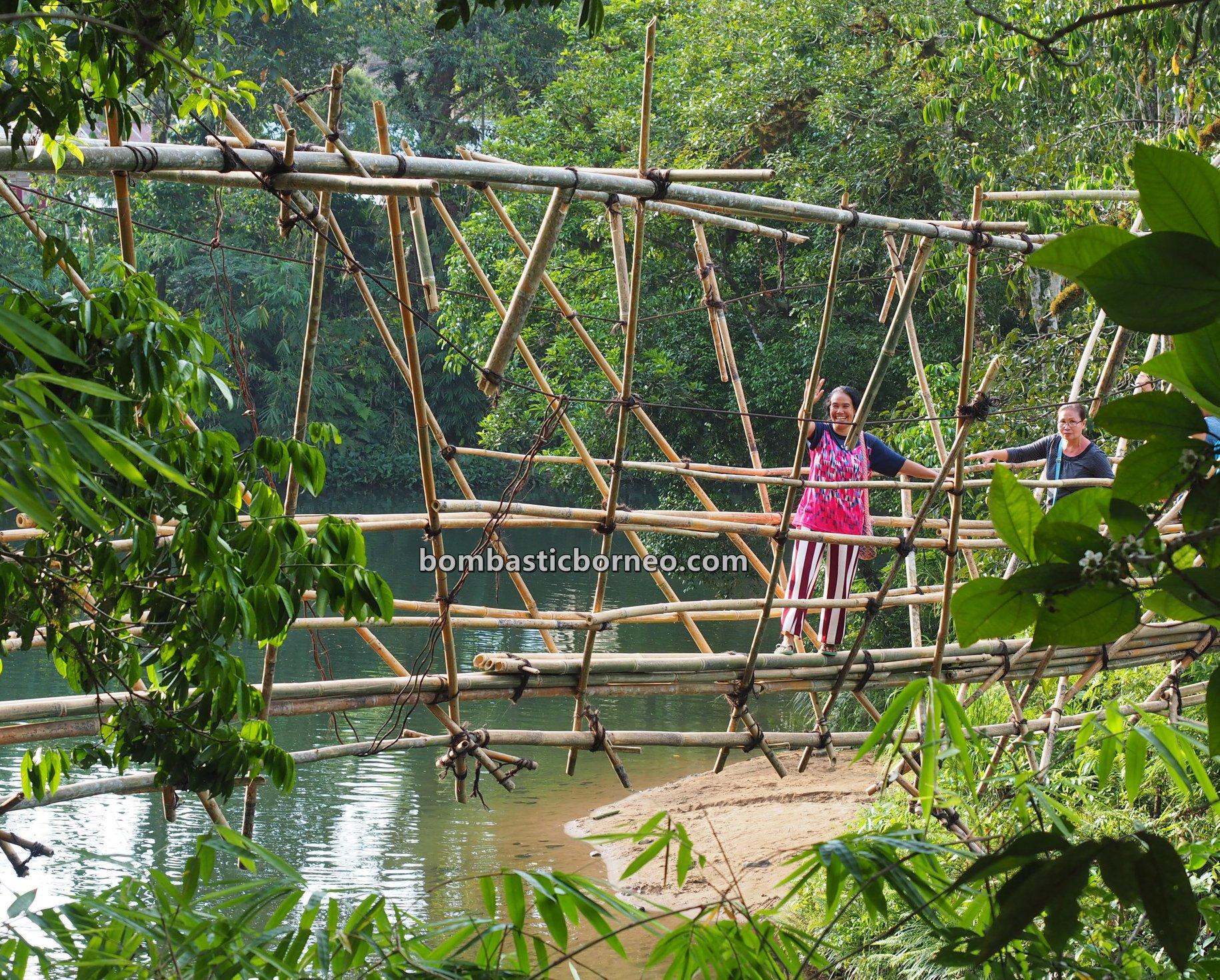 Dusun Medeng, authentic, backpackers, Bengkayang, native, Dayak Bidayuh, village, Gawai harvest festival, Tourism, tourist attraction, Travel guide, Trans Border, Borneo, 穿越婆罗洲土著, 印尼西加里曼丹, 孟加映比达友族,