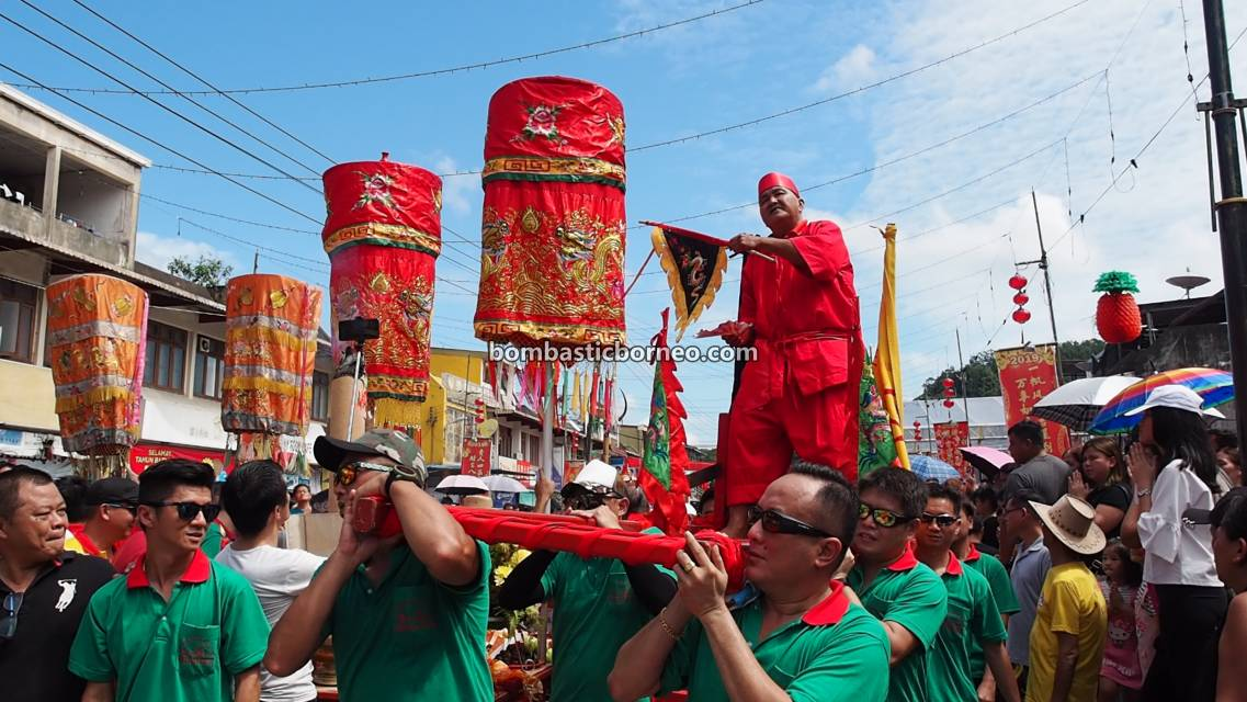 Chap Goh Meh, Lantern Festival, procession, Chinese New Year, culture, traditional, Bau, Kuching, Sarawak, Malaysia, Dewa Dewi, tatung, Tourism, Travel Guide, Trans Borneo,
