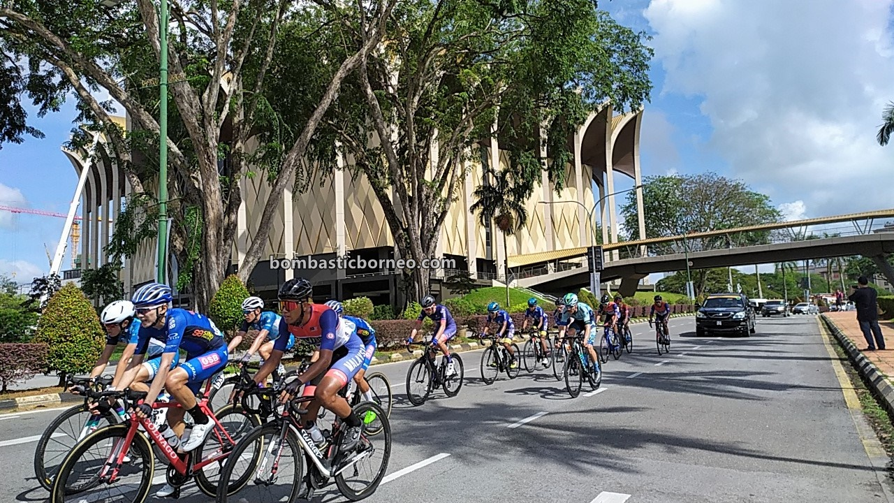 Petronas Le Tour De Langkawi, Cyclist, bicycle, cycling, race, championship, Sports, event, Kuching, Sarawak, Malaysia, Tourism, tourist attraction, travel guide